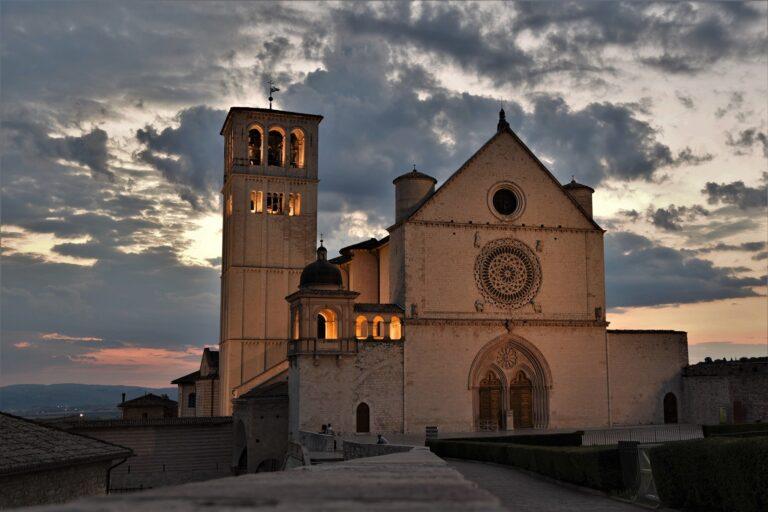 Bazilikos ansamblis.
