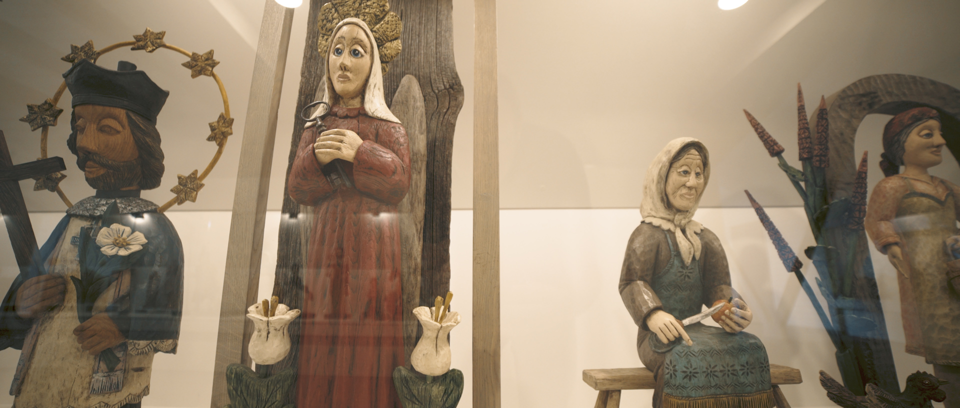 Skulptūros muziejuje.