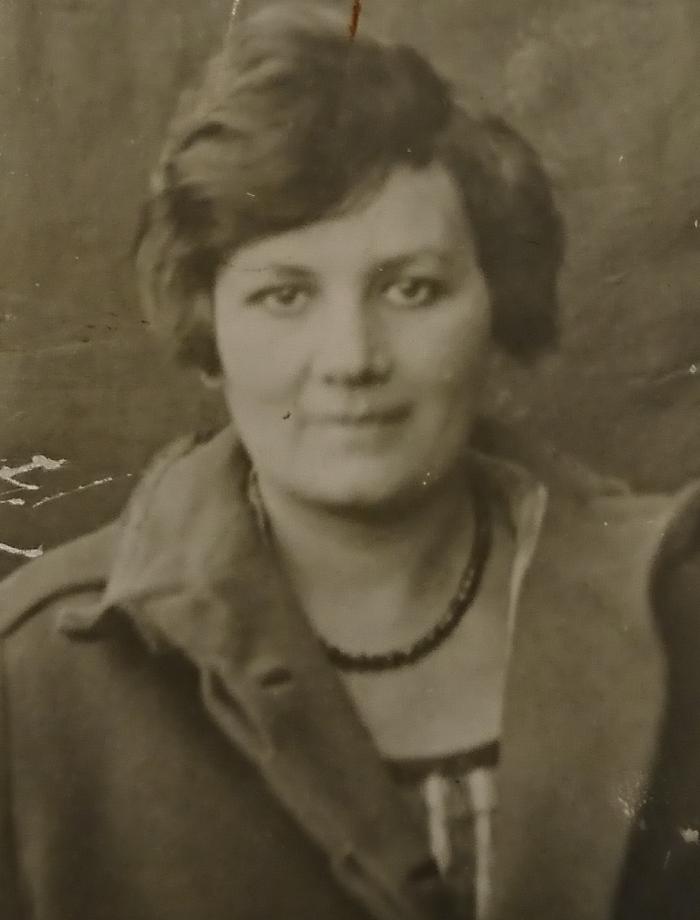 Golda Akselrod