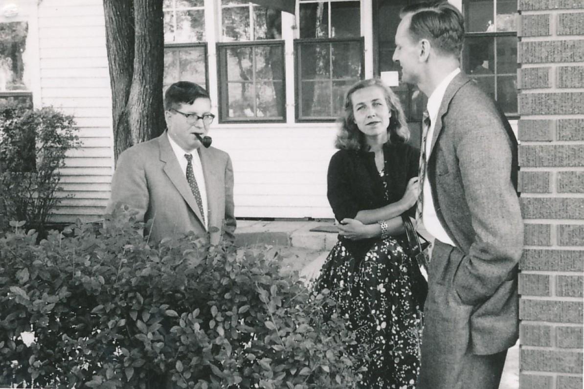 Iš kairės – Juozas Girnius, Z. Nagytė, J. Kaupas.