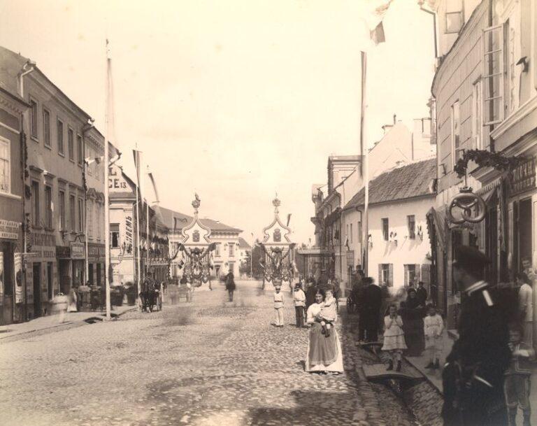 Didžioji gatvė ties Rotuše
