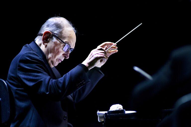 Kompozitorius diriguoja Amsterdame, Nyderlanduose, 2016 m.