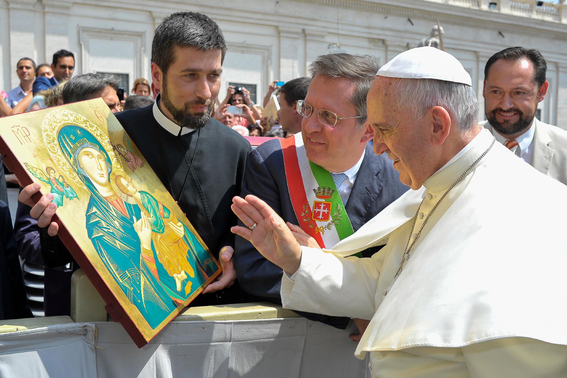 popiežius Praniškus ir nepaliaujamos Pagalbos motinos paveikslas